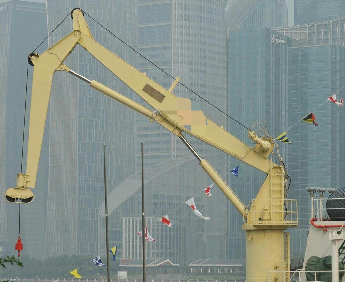 deck crane.jpg