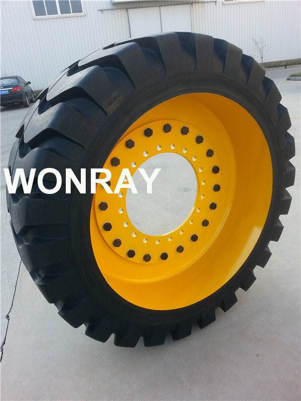 mold-on tire 20.5-20 with disc without hole.jpg