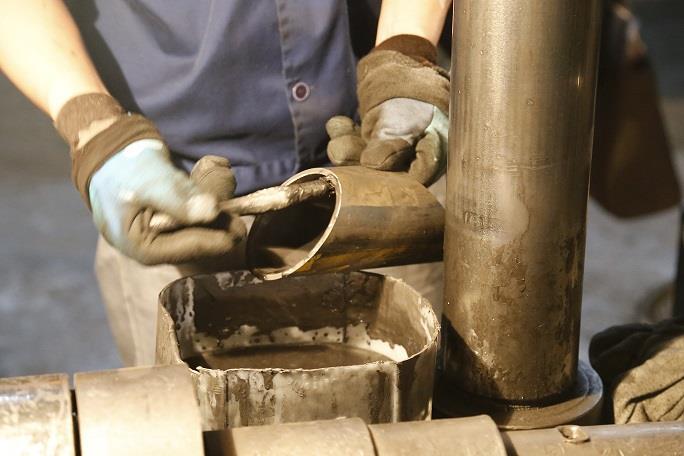 oil rev.jpg