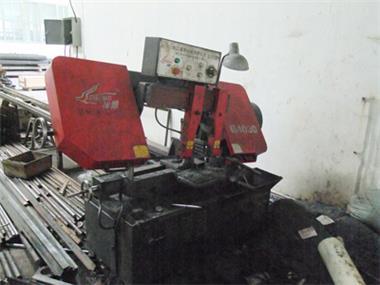 7.  Sawing Machine_副本.jpg