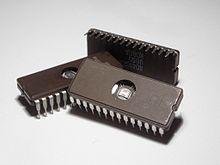 220px-Microchips.jpg