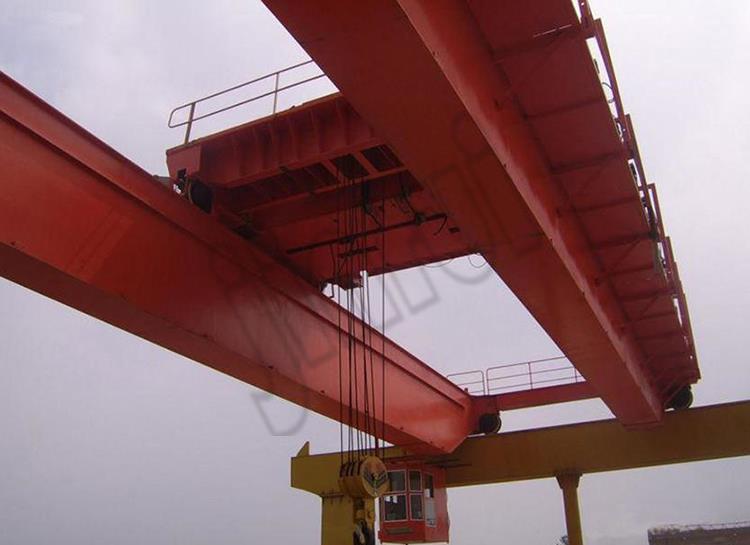 gantry crane (64).jpg