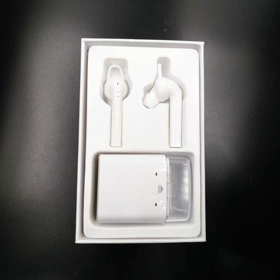 Wireless Bluetooth Earpods.jpg