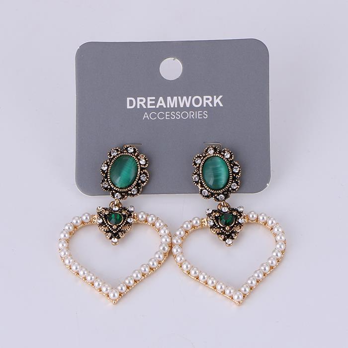 Fashion wild emerald peach heart pearl earrings.JPG