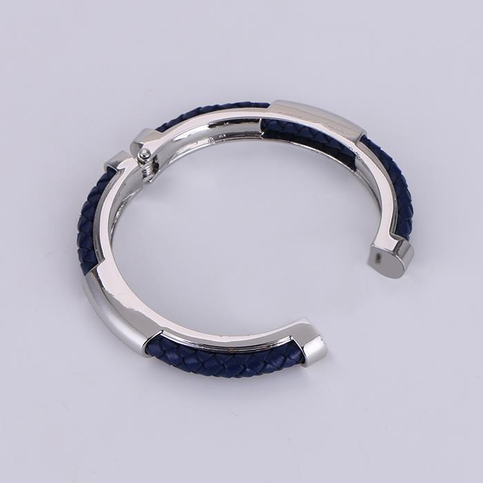 Fashion leather exaggerated alloy spring bracelet.JPG