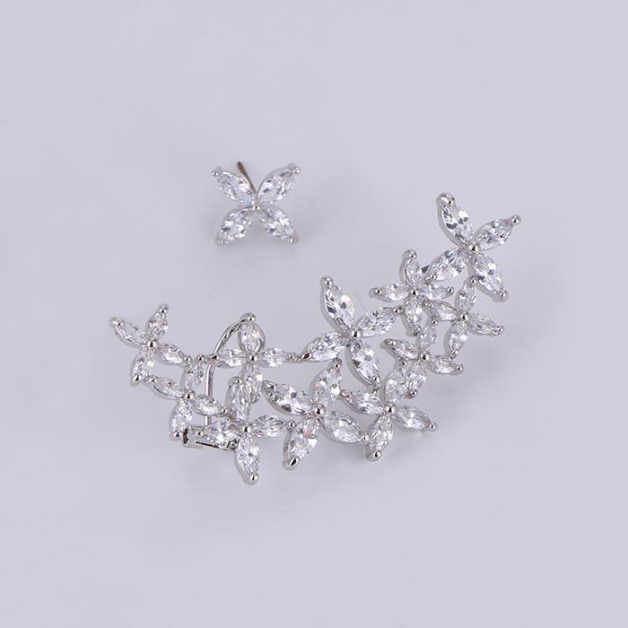 Classic fashion zircon flower cluster asymmetric earrings.JPG