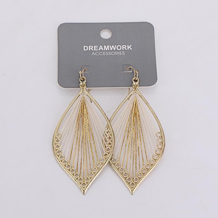 Elegant hollow leaf dangle earring For women.jpg