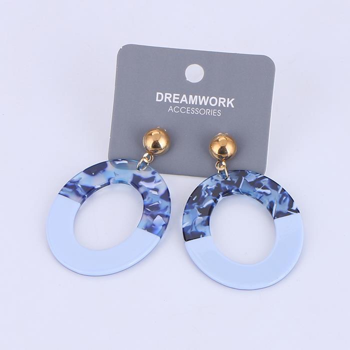Refreshing acetic acid sheet geometry temperament earrings.jpg