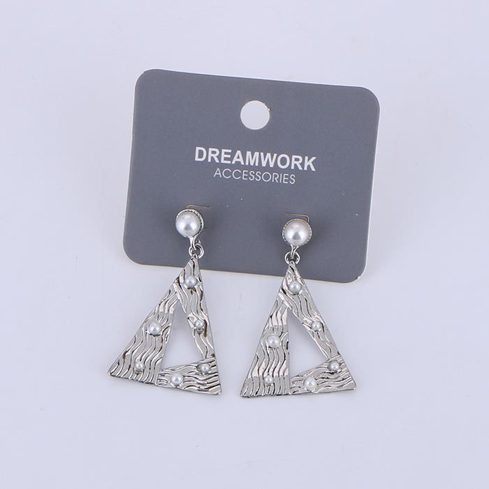 Fashion Geometric Pearl dangle Earrings.jpg