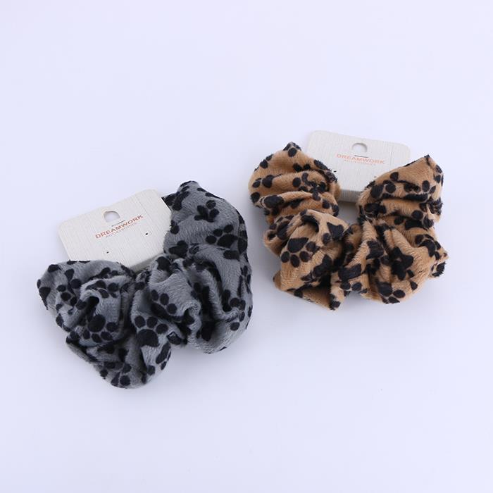 Classic Hair Scrunchies Velvet Elastic Scrunchy Bobbles Hair Bands Ties Ponytail Holder.JPG