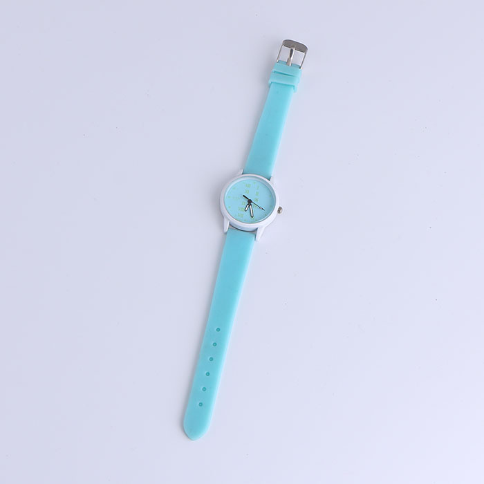Women Men Kids Silicone Band Quartz Casual Watches Jelly Color Unisex