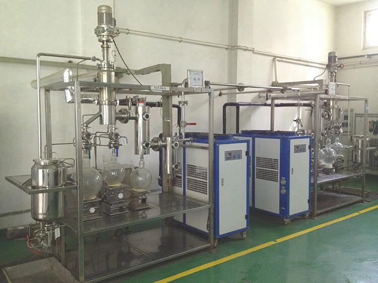 short path distillation plant