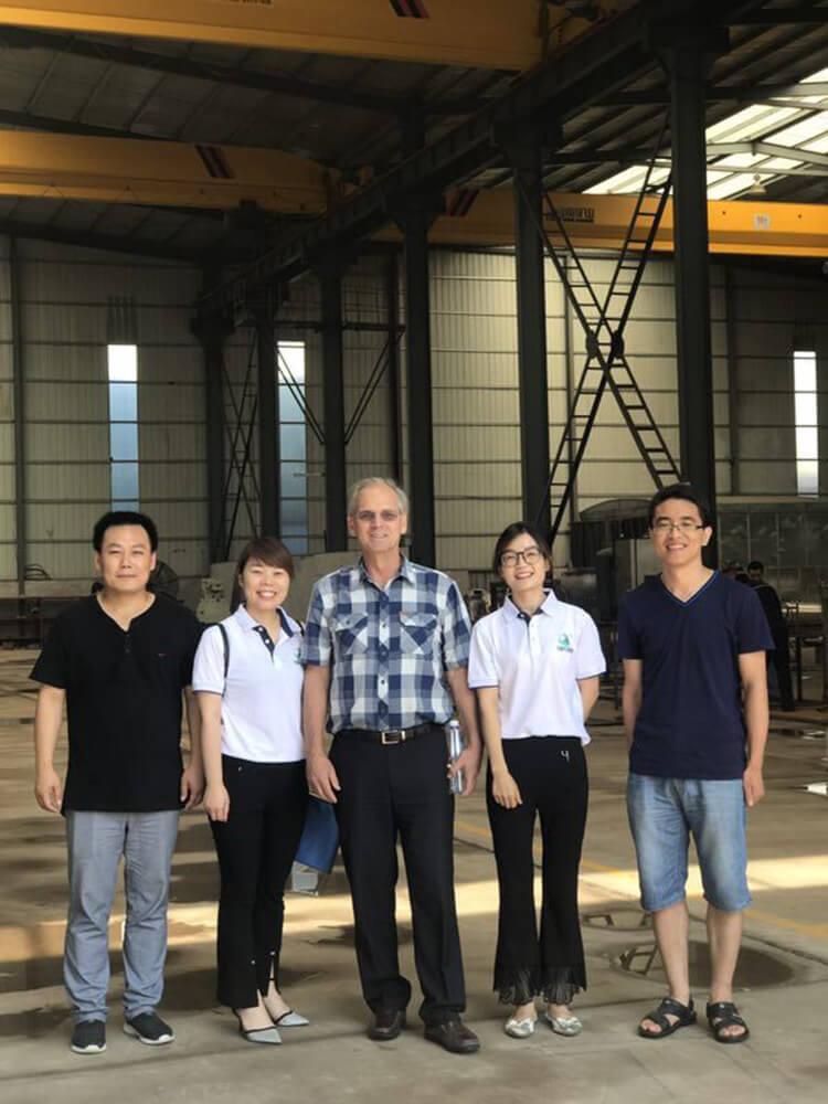 USA molecular distillation customer visit 1.jpg
