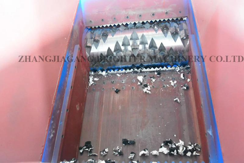 single shaft shredding machine (17).jpg