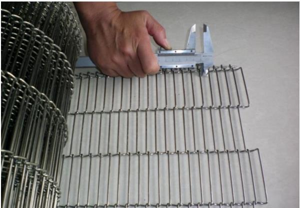Chocolate-Conveyor-Belt-for-Food-Processing-Equipment.jpg