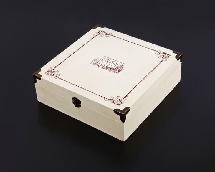 custom-wooden-cosmetic-box55071812423