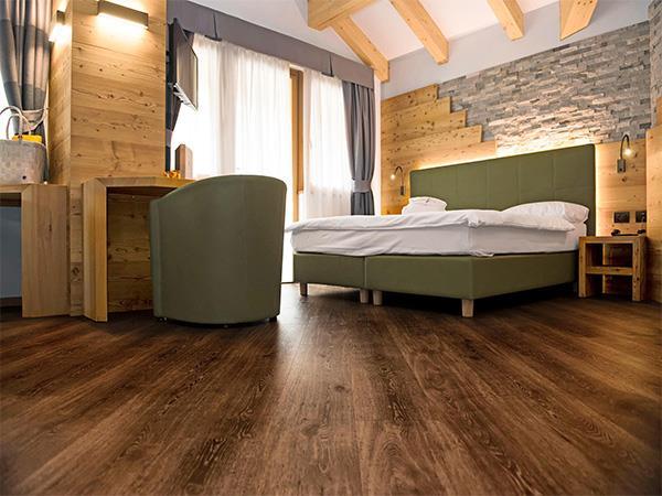 wooden vinyl plank