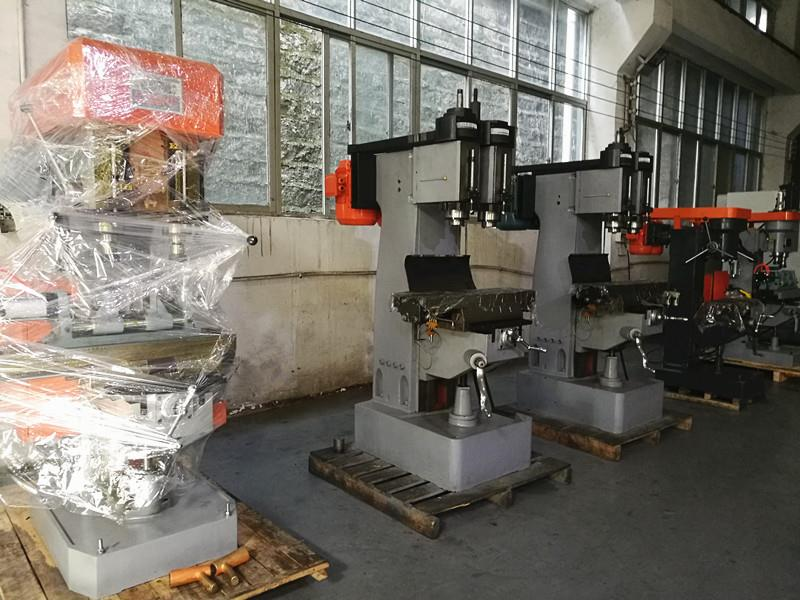 bench drilling and tapping machine