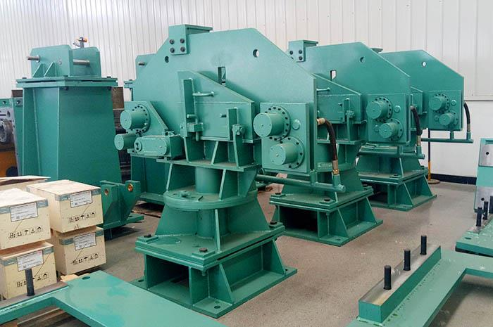 Wire rod mill vertical loopers.jpg