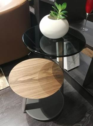 Stylish round coffee corner table set