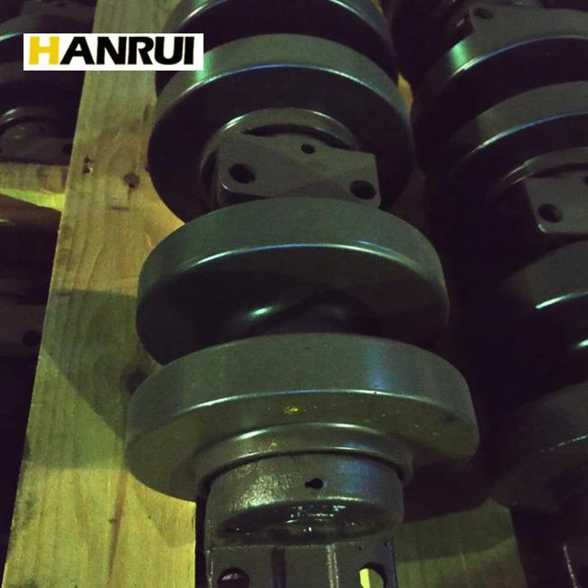 Kobelco 7055 carrier roller.jpg