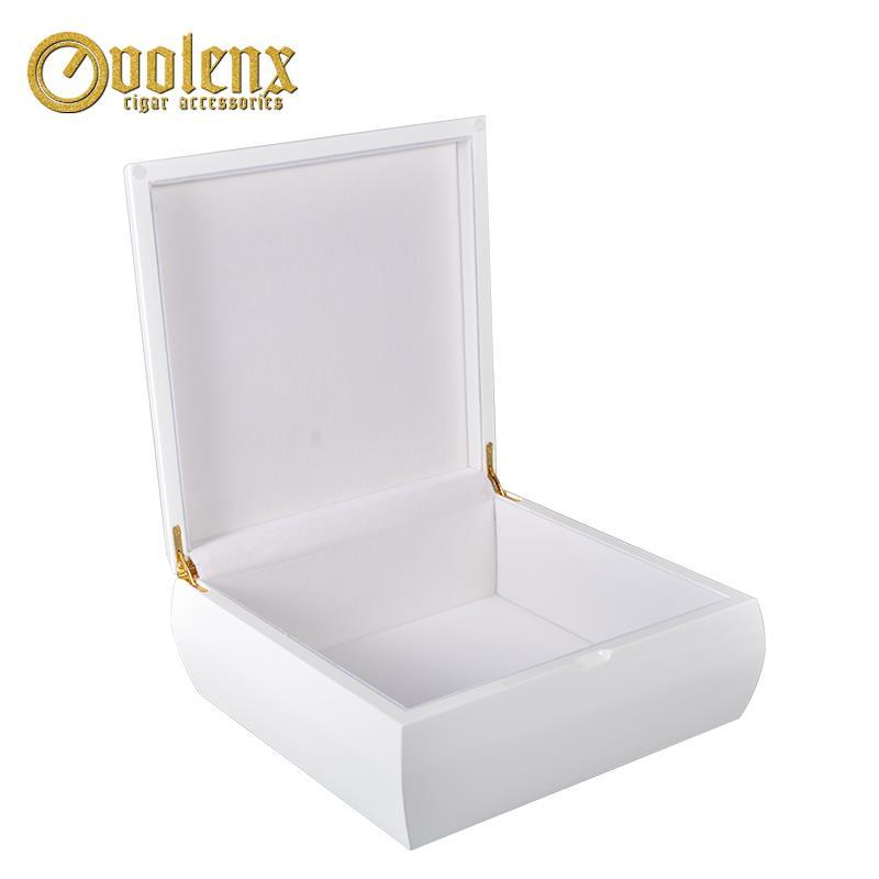 white jewelry box