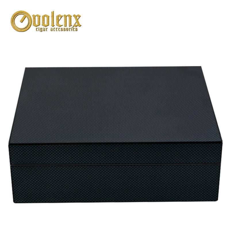 کاربن فائبر کے ساتھ لکڑی سگریٹ باکس