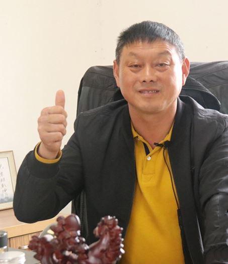 Su Yaorong, Chairman of Nanjing Rongjinyao