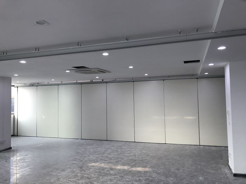 Top hang white melamine movable wall panel