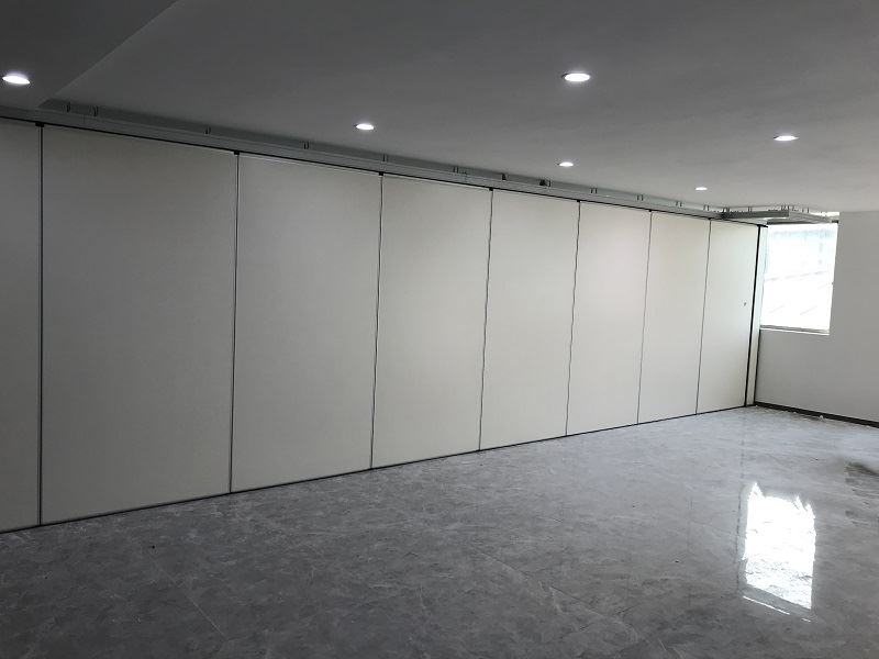 Whole board movable wall panel